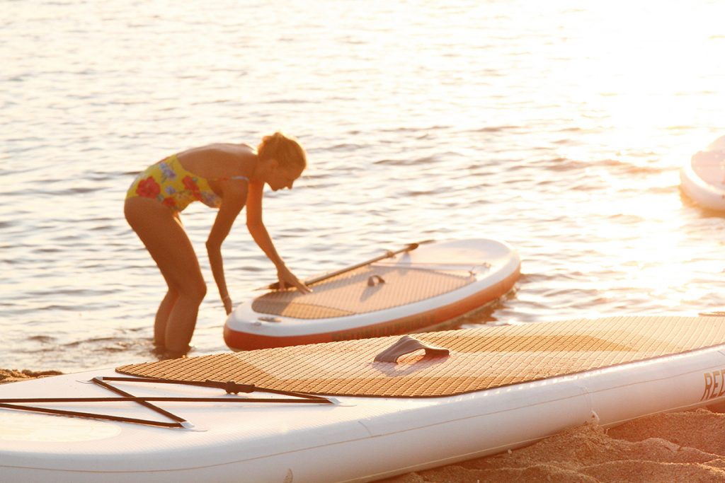 Different types of paddleboard