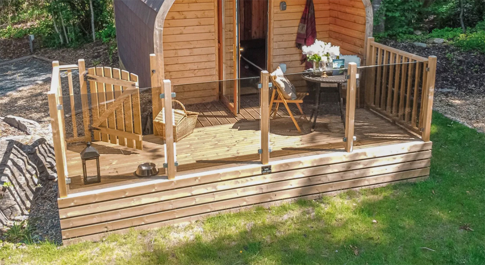 Hill of Oaks luxury camping pods