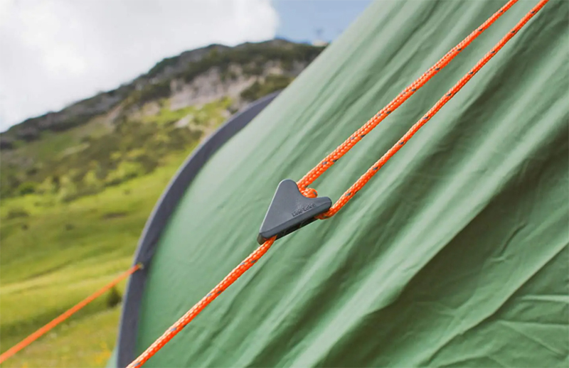 Straps and guidelines of the Vango Banshee 300